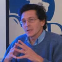 Fernando J. Ruiz