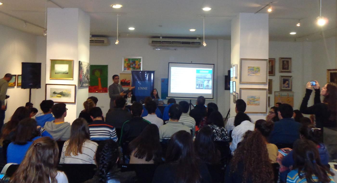 Presentación libro Desafíos para el Fortalecimiento Democrático en la ciudad de Corrientes.