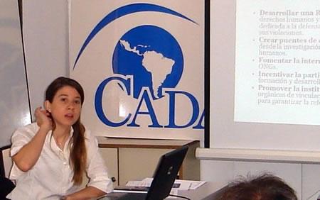 Micaela Hierro Dori, responsable del Proyecto Diálogo con la Sociedad Civil en la sede de CADAL