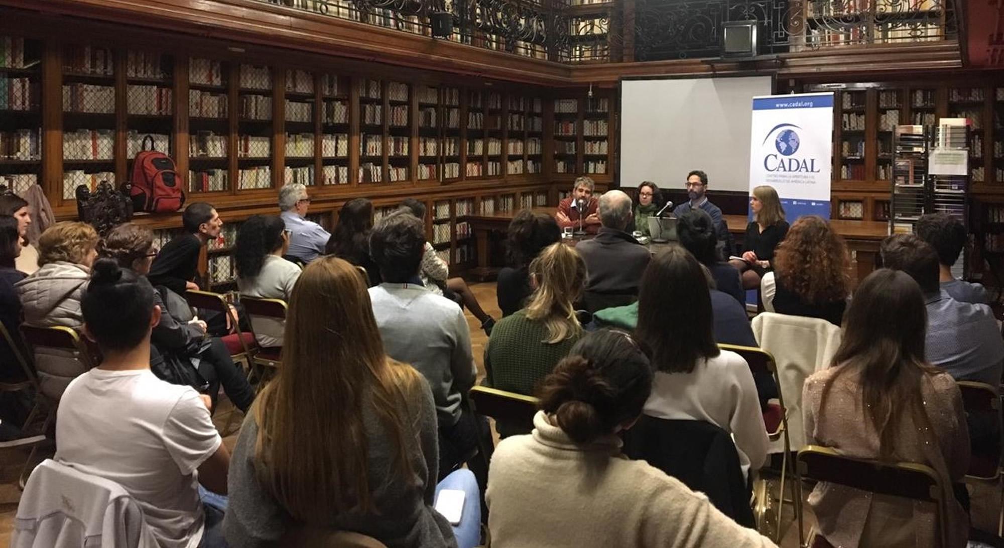 Desafíos a la democracia en América Latina
