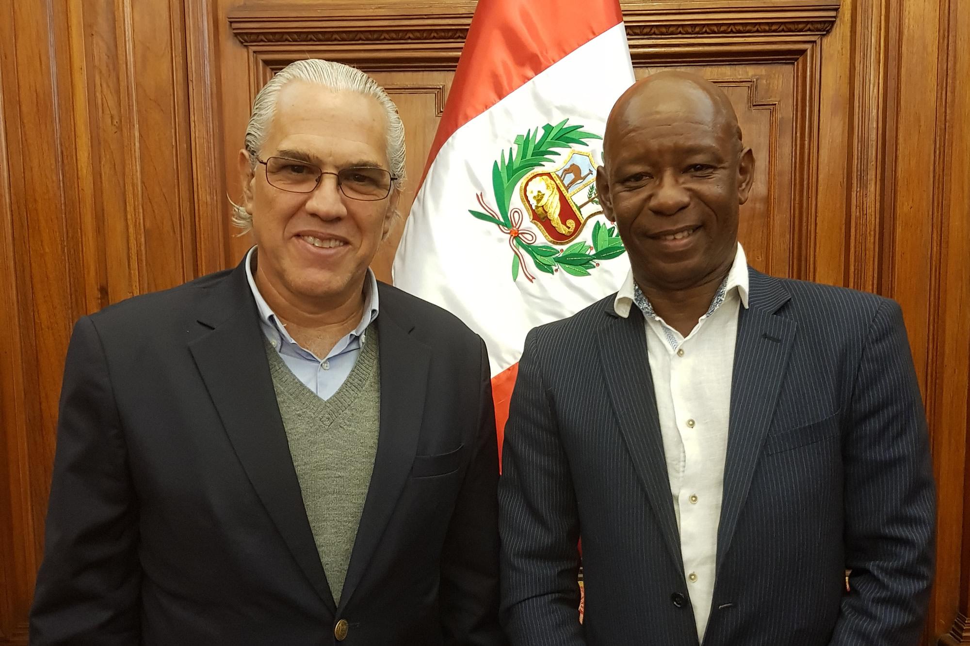 Manuel Cuesta Morúa visitó el Cono Sur
