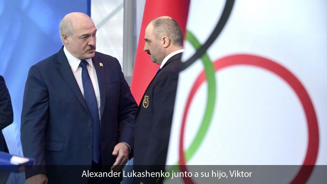 Alexander Lukashenko junto a su hijo, Viktor