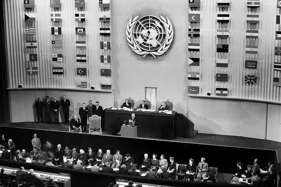 La democracia universal: ¿un estándar global o un concepto occidental?