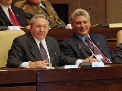 Raúl Castro - Miguel Díaz-Canel