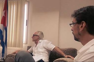 El embajador uruguayo en Cuba, Eduardo Lorier junto al cónsul Felipe Machado, reunidos en con el Presidente de la Asamblea del Poder Popular en La Habana