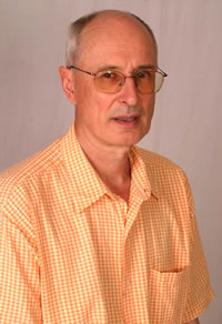 Héctor Ricardo Leis, autor de MEMORIAS EN FUGA