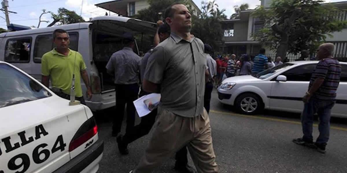 José Daniel Ferrer secuestrado por la policía cubana
