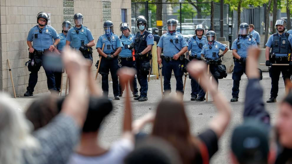 The police in the US have too much power over people