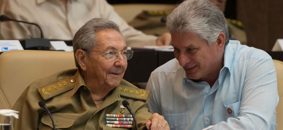 Raúl Castro - Miguel Diaz Canel