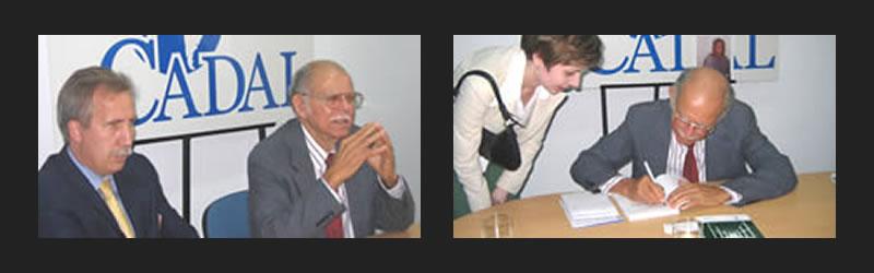 Hans Blomeier y Huber Matos en la sede de CADAL