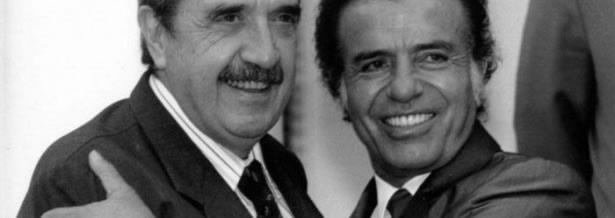 Raúl Alfonsín y Carlos Saúl Menem