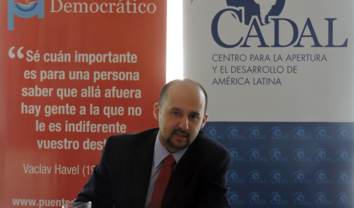 Lawrence Castro, Diputado en la Asamblea Nacional de Venezuela y en el Parlasur.