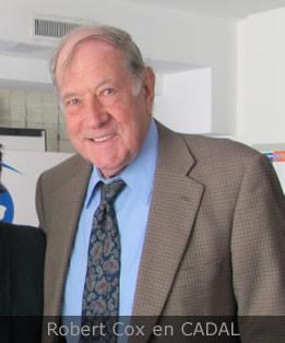 Robert Cox en la sede de CADAL