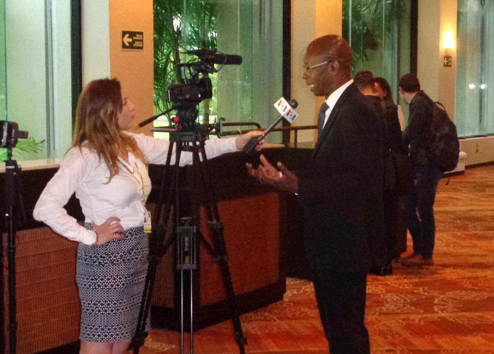 Manuel Cuesta Morúa fue entrevistado por la Voz de las Americas y El Financiero TV.