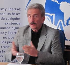 Una Constitución cubana para Venezuela